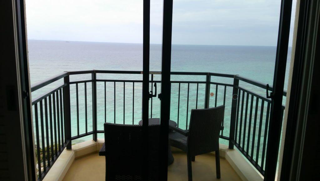 アリビラ 部屋から見る海